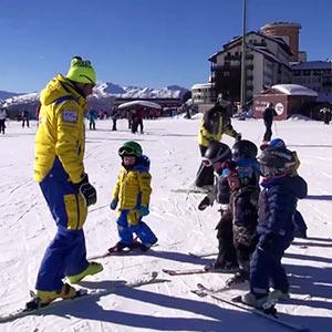 02 – Quali sono i primi esercizi per avvicinare un bambino alla neve
