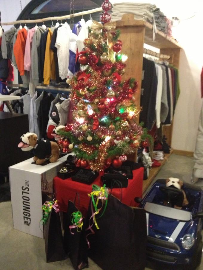 Passion Shop e Passion Ski Team Sestriere attendono il Natale con VOI!!!!